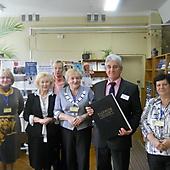 Участники МШК с директором библиотеки в Витебске Сёмкиным А. И. (2013 г.)